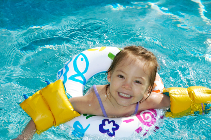 Water Wings Floaties Or Life Jackets How Do They Compare
